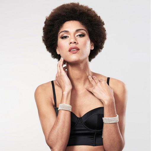 Bijoux Indiscrets Plaisir Nacré kajdanki z perełek białe