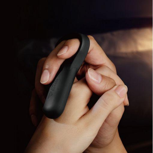 Tenga SVR Plus wibrujący pierścień dla par czarny