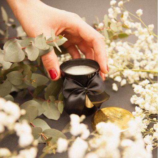 Bijoux Indiscrets Melt My Heart Aphrodisia świeca do masażu róża, ylang-ylang, jaśmin 70 g