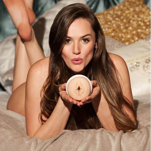 Fleshlight Girls Tori Black masturbator Torrid
