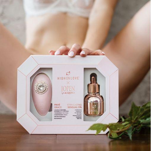 HighOnLove Objects Of Desire zestaw prezentowy z masażerem i olejkiem stymulującym łechtaczkę
