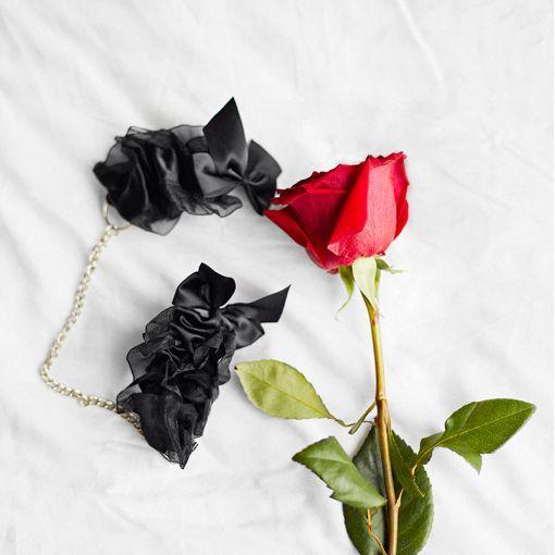 Bijoux Indiscrets Frou Frou kajdanki z organzy czarne