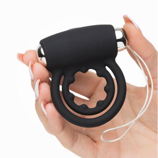 Fifty Shades of Grey Relentless Vibrations zdalnie sterowany podwójny wibrujący pierścień dla par czarny