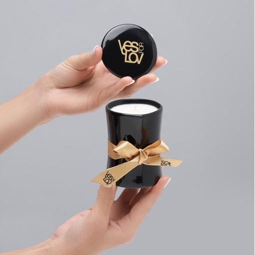 YESforLOV Massage Candle świeca do masażu o zapachu czarującym 120 g